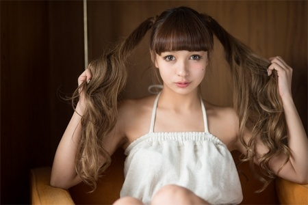 NishiMonaka3.jpg